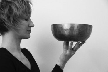SOUND HEALING with Tibetan Singing Bowls with Simone Meschnig<div></div>DATE: Sat 24th March<div></div>TIME: 10:30am to 2pm<div></div>COST: €45